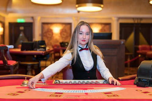Best Live Casino Developers are Evolution and NetEnt- Who Wins?